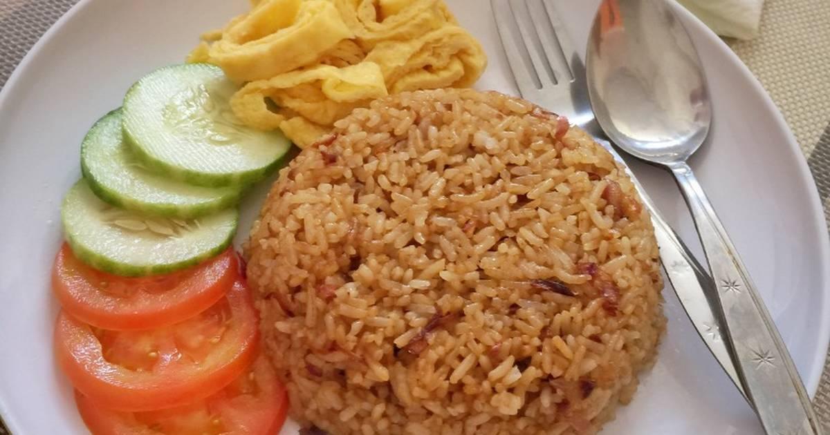 Menjual Nasi Goreng atau Menjual Makanan Khas Timur Tengah