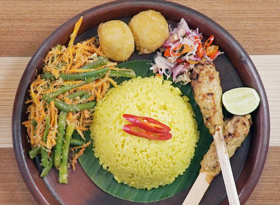 Resep Nasi Kuning Praktis untuk Waktu Pembuatan yang Mepet