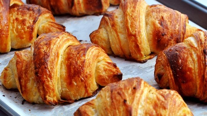 Resep Tentang Cara Membuat Croissant Sederhana yang Lembut
