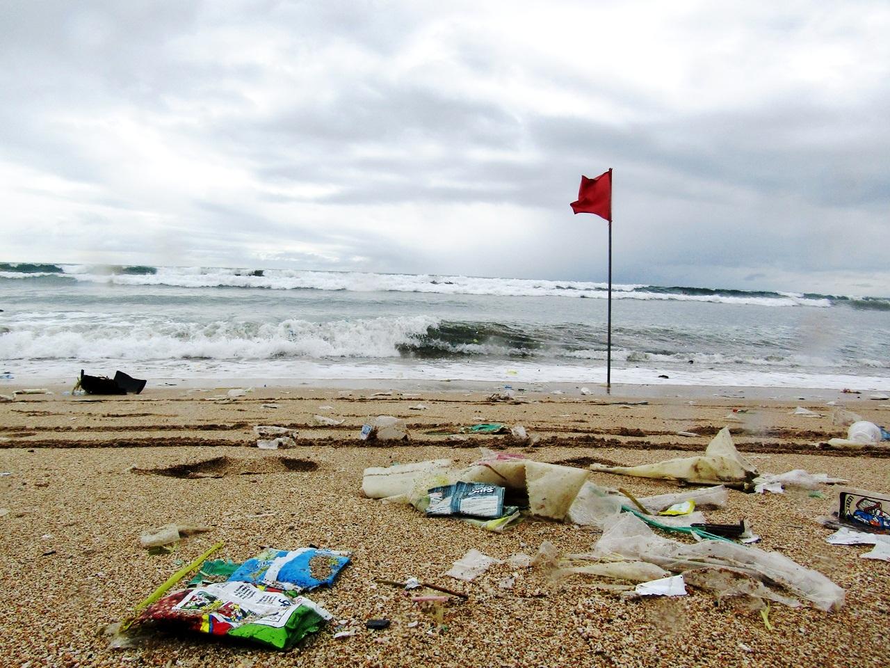 cara menanggulangi sampah plastik