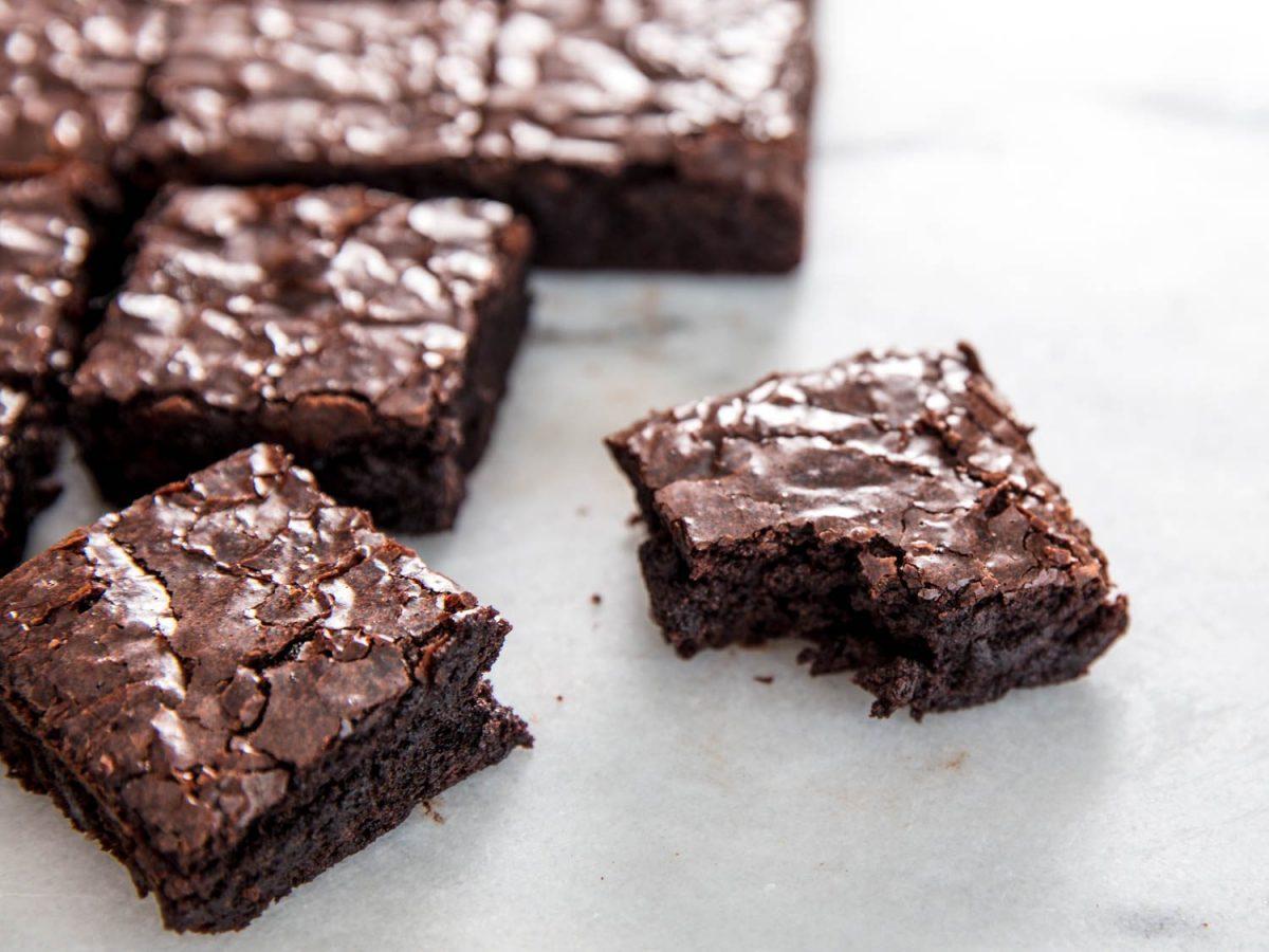 Ingin Membuat Kue Brownies? Yuk Ikuti Resep Kue Brownies Chocolatos yang Enak, Lumer, dan Gurih Ini