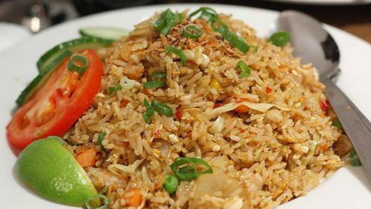 Cara Membuat Nasi Goreng Sederhana Yang Istimewa