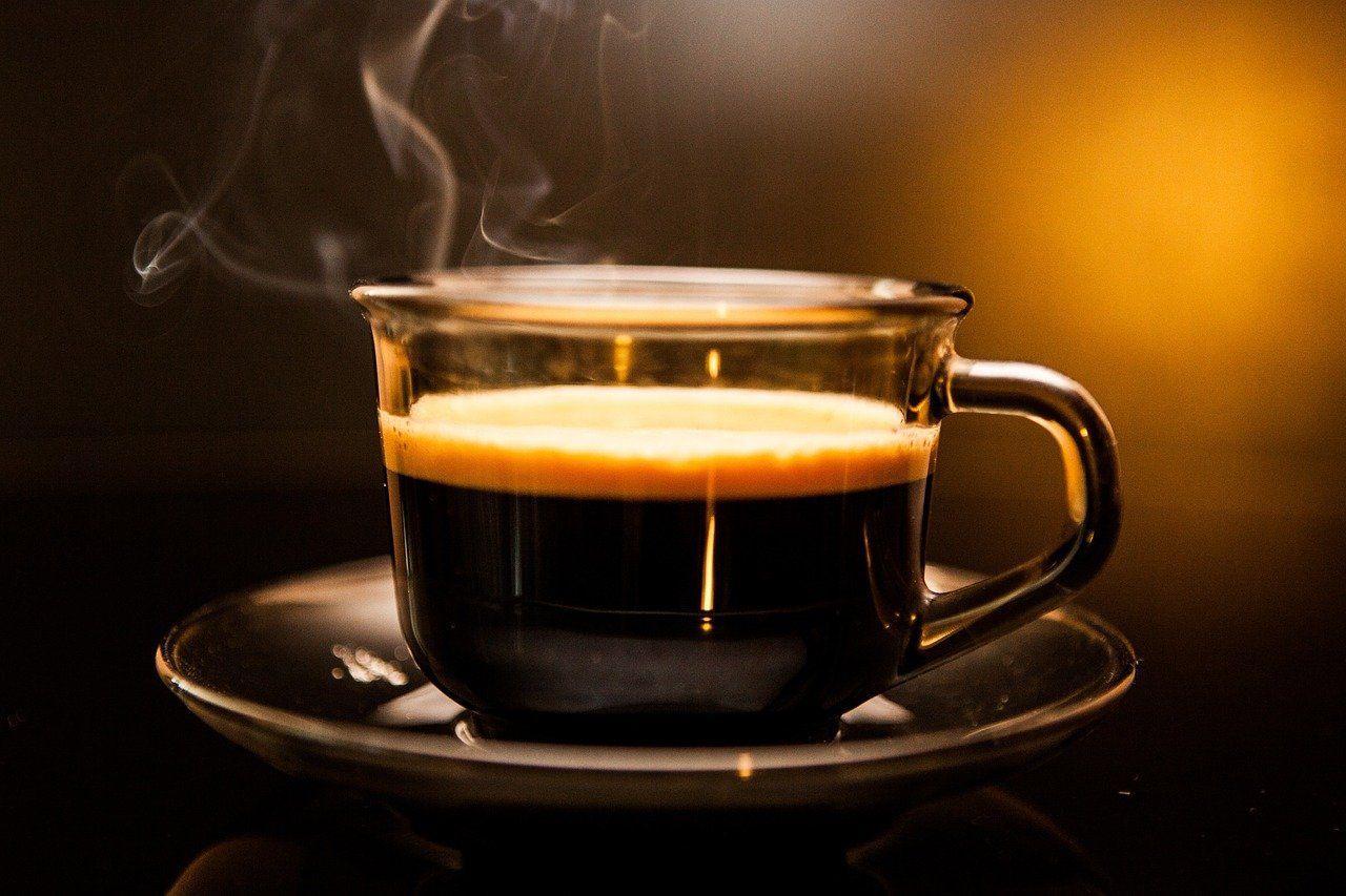 cara membuat kopi hhitam kapal api