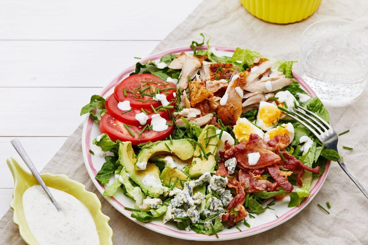 Cara Membuat Caesar Salad Dressing Enak