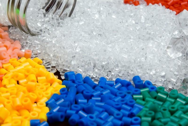 Berikut Ini Bahan Pembuat Plastik dan Kegunaannya