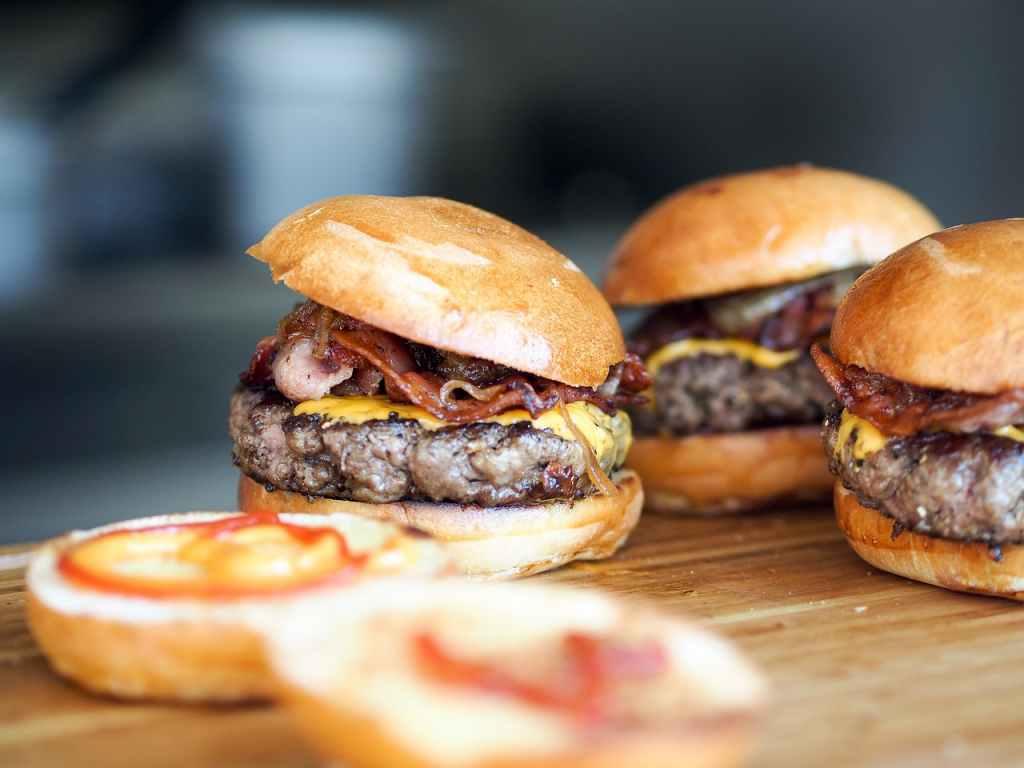 Cara Membuat Hamburger Homemade, Sederhana Tapi Enak